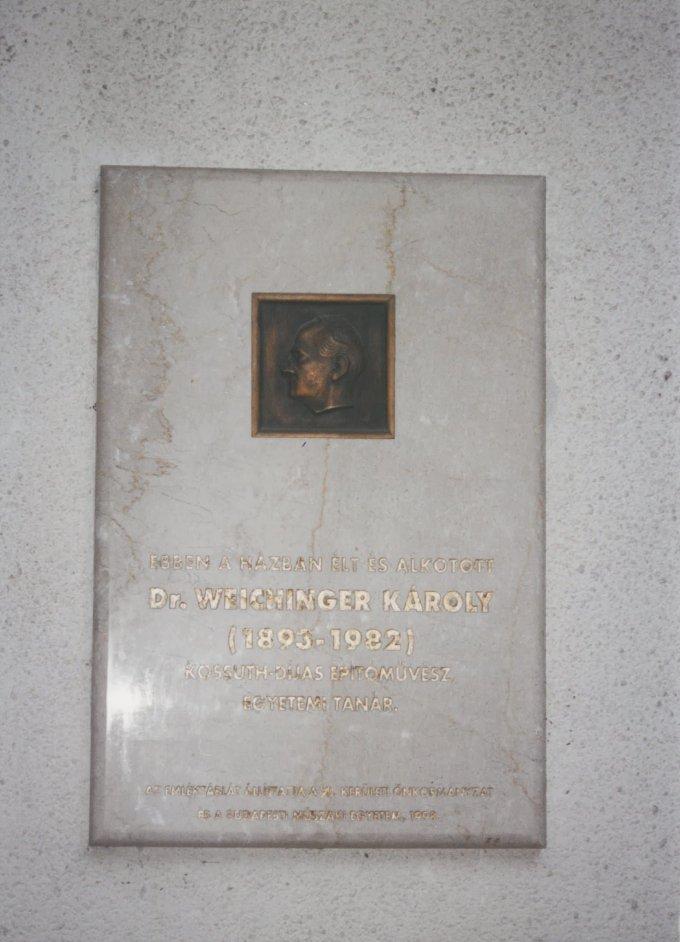 Dr. Weichinger Károly emléktábla