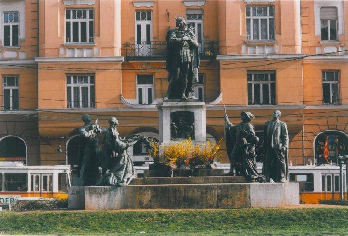 Szent Imre szoborcsoport