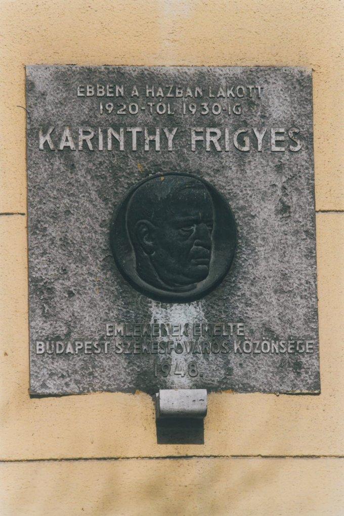 Karinthy Frigyes emléktábla